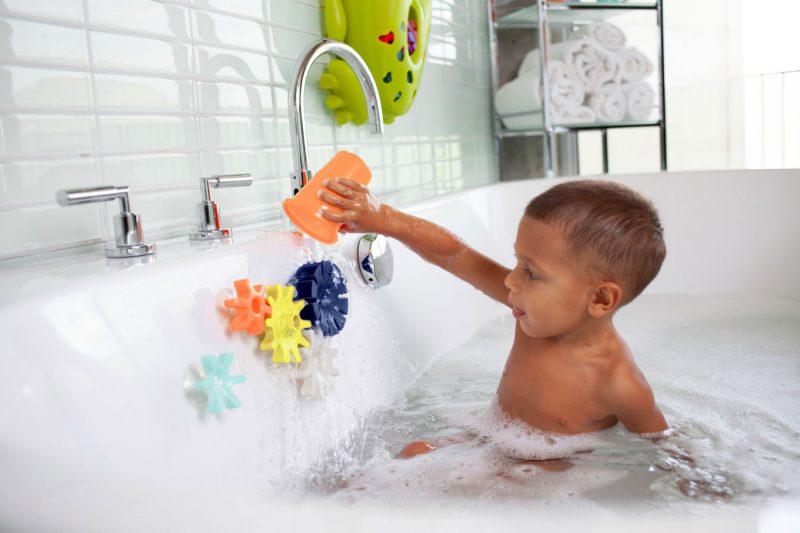 Boon Zabawka do kąpieli zębatki Cogs Cool kolor - Pan Talerzyk