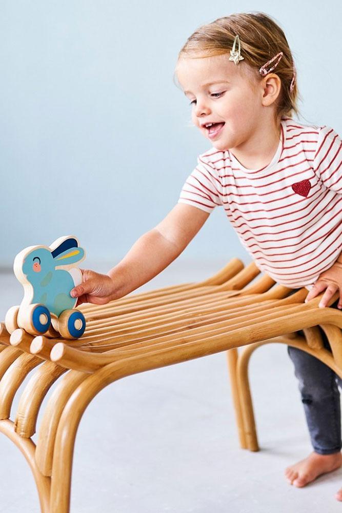 Petit Monkey Niebieski Króliczek na kółkach - Pan Talerzyk