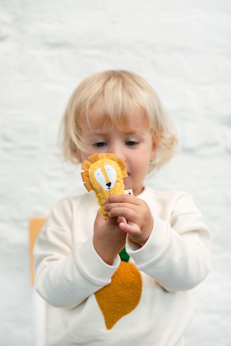 Trixie Baby Pacynka na palec Mr. Lion - Pan Talerzyk