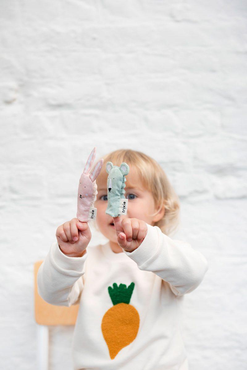 Trixie Baby Pacynka na palec Mrs. Rabbit - Pan Talerzyk