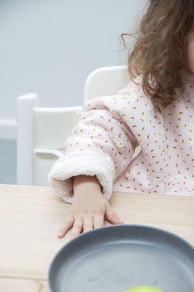Trixie Baby Śliniak z długim rękawem Moonstone - Pan Talerzyk